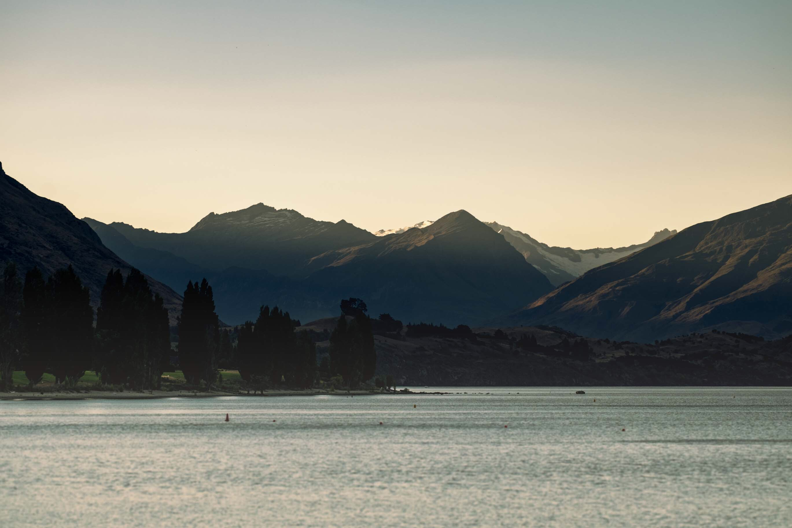 wanaka lake view 1